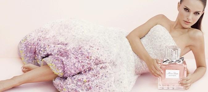 Natalie-Portman-voit-la-vie-en-rose-avec-Dio