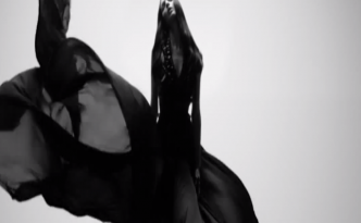 Dahlia Noir LEau by Givenchy